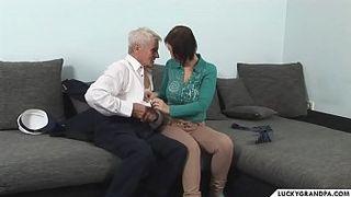 порно старый дед на телефон