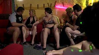 Ночные клубы и ебля в них ночные клубы москвы клуб каприз